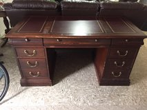 Antique Hekman Solid Wood/Raised Panel Desk in Fort Hood, Texas