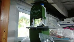 Precision 2000 Band Saw in Fort Campbell, Kentucky