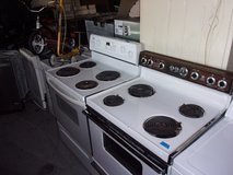 Electric Stove in Fort Riley, Kansas