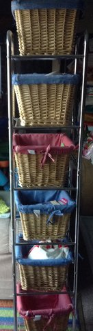 STAINLESS BASKET ORGANIZER in Vacaville, California