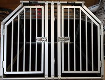Dog room kennel / crate / transportation crate for 2 dogs made by Kleinmetall in Grafenwoehr, GE