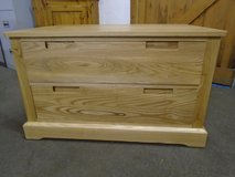 Oak chest of drawers in Lakenheath, UK