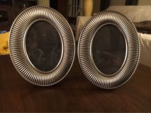 Small Oval Frames in Naperville, Illinois