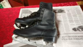 mens 2 pair of ice skates  black leather in Orland Park, Illinois
