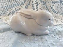 Lladro #5904 Sleeping Bunny w/ original box in Camp Lejeune, North Carolina