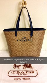LARGE AUTHENTIC COACH TOTE in Fort Polk, Louisiana