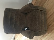 Recliner electric pull up chair in Fort Drum, New York