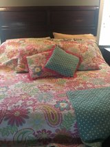 girls full quilt & pillows in Chicago, Illinois