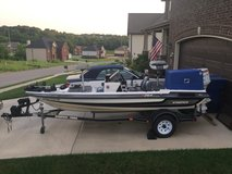 1997 Stratos bass boat and 70 hp Johnson and trailer in Fort Campbell, Kentucky