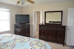 5 Piece King Size Ashley Bedroom Set in Jacksonville, Florida