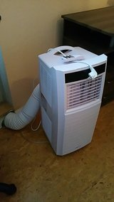 220v Portable A/C air conditioner in Spangdahlem, Germany