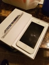 iPhone 5 32 GB in Fort Polk, Louisiana