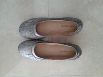 Silver flats size 9, New in Okinawa, Japan