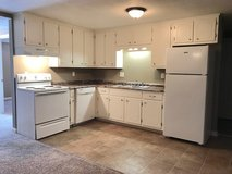 2 Bed 1 Bath Apartment!!! in Fort Campbell, Kentucky