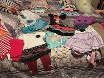 7 (2-piece) Outfits Size 24M/2T in Travis AFB, California