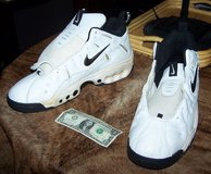 SIZE 20 Nike Shoes in Chicago, Illinois