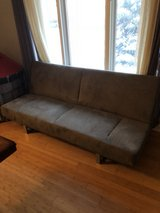gray sofa/ pull out bed in Bolingbrook, Illinois