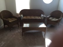 outdoor furniture set/2 chairs/coffee table loveseat in Quantico, Virginia