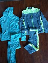 Girls active sets size 10 in Bolingbrook, Illinois
