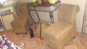 2 single upholstered chair in Fort Bliss, Texas