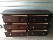 6 drawers wood dresser in good condition in Fort Bliss, Texas