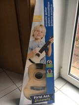 First Act ACOUSTIC GUITAR (for kids) in Ramstein, Germany