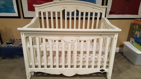 Crib and toddler rail in Bolingbrook, Illinois