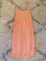 Lovely peach dress w pockets size small in Fort Polk, Louisiana
