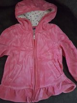 Girls zip up size 6 in Bolingbrook, Illinois