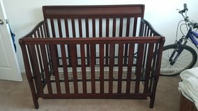 baby crib in Schaumburg, Illinois