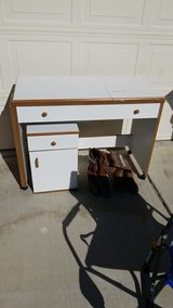sewing machine table in Yucca Valley, California