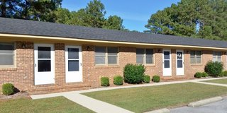 Just Right~ 1Bed/1Bath Brick Apt Available Now! in Camp Lejeune, North Carolina