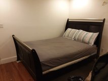 Sleigh Bed w/boxspring in Quantico, Virginia