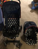 infant car seat and stroller combo in Lawton, Oklahoma
