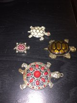 3 turtle pins/ 1 turtle necklace in Travis AFB, California