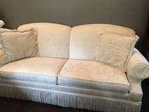 Couch in Cleveland, Texas