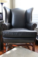 Black Leather Thatcher Chair from Pottery Barn in Schaumburg, Illinois