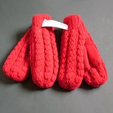 2 PR ISOTONER RED KNIT MITTENS – UNUSED VTG in Glendale Heights, Illinois