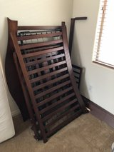 Great condition - Davinci Parker 3-In-1 Convertible Crib - Cherry wood in Las Vegas, Nevada
