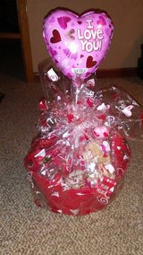 valentine baskets in Leesville, Louisiana