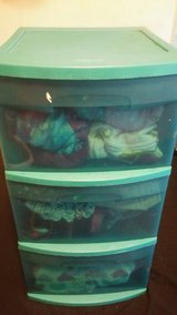 Plastic dresser filled w/girl clothes size4-5 in Fort Lewis, Washington
