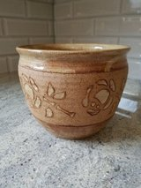 Decorative clay flower pot in St. Charles, Illinois