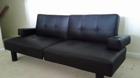 Mainstays Connectrix Faux Leather Futon, Black in Fort Meade, Maryland