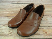 ISO CLARKS SHOES FOR ELDERLY LADY in Fort Campbell, Kentucky