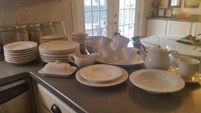 Pottery Barn Emma Dinnerware Collection in Aurora, Illinois