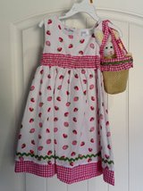 NWT 3T White Dress w/ Pink Strawberries & Bunny Bag Purse in Clarksville, Tennessee