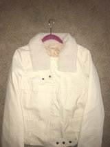 GAP tan/beige Jacket size medium in Fort Polk, Louisiana