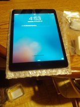 MINT CONDITION IPAD 1 ATT 4G 7.9 16 GB  MINT CONDITION MUST SELL !! in Fort Campbell, Kentucky