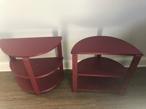 Pair of end tables/nightstands in Elgin, Illinois
