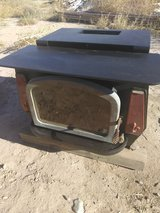 REDUCED Wood burning stove heavy metal in Alamogordo, New Mexico